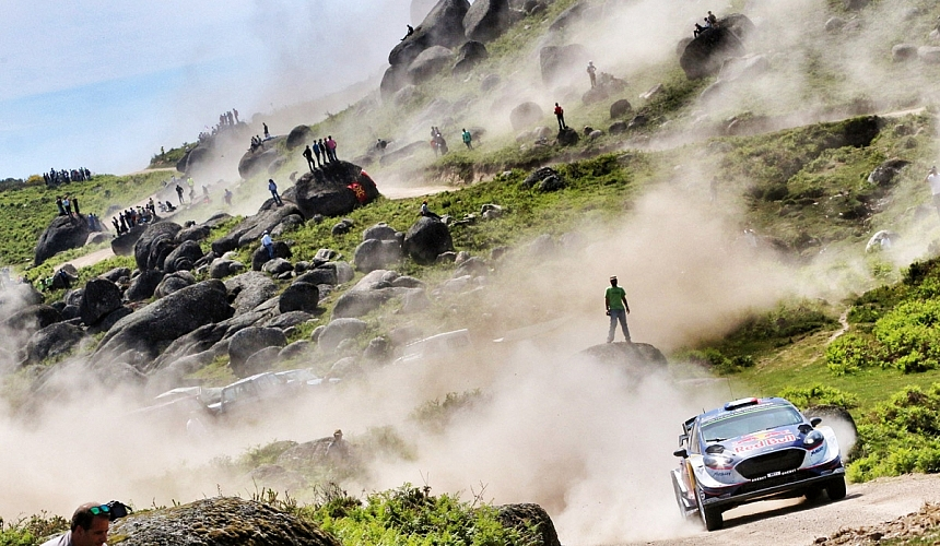 WRCPortugalポルトガル3日目を終えてセバスチャン・オジエが首位。TOYOTAのヤリーマティ・ラトバラはコケた。