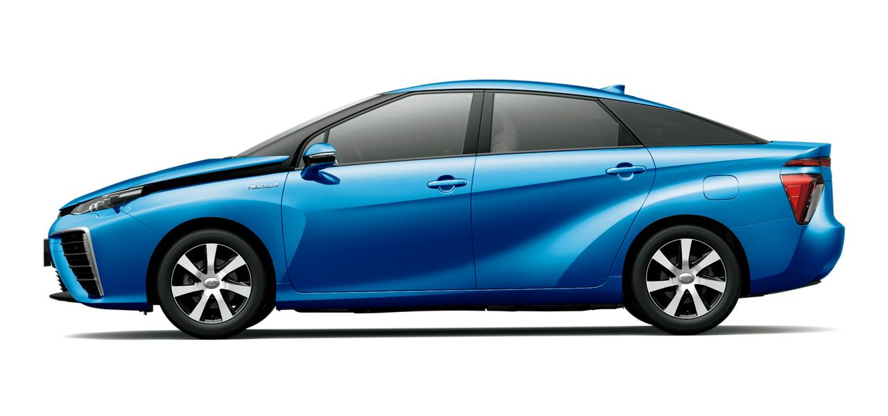 燃費は変わらず良いけど。気持ちは変わる。水素自動車FCVの応援もしよう!